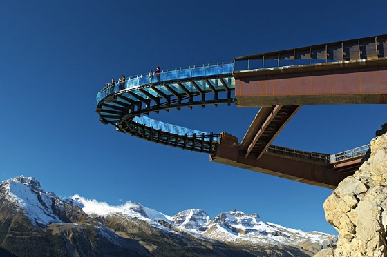 skywalk560X373