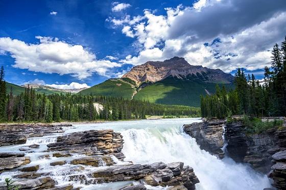 Canada_Athabasca Falls_560X373