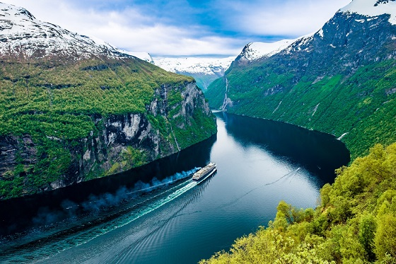 Norway_Geiranger fjord2_560X373