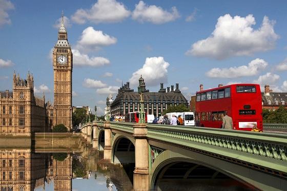 Britain_London_Big Ben1_560X373
