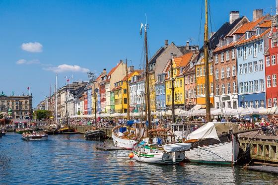Denmark_Copenhagen_Nyhavn2_560X373