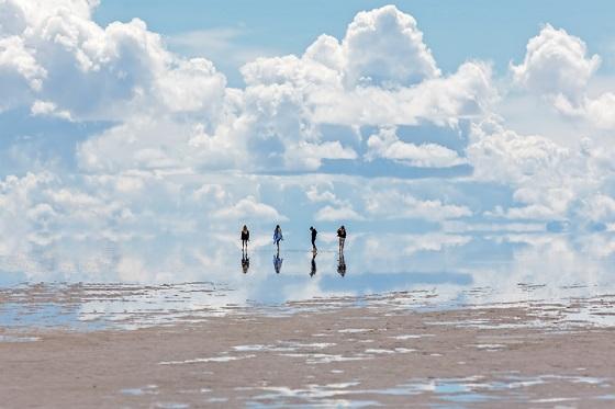 Bolivia_Salar de Uyuni3_560X373