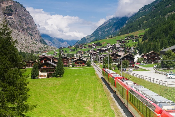 Switzerland_Glacier Express2_560X373