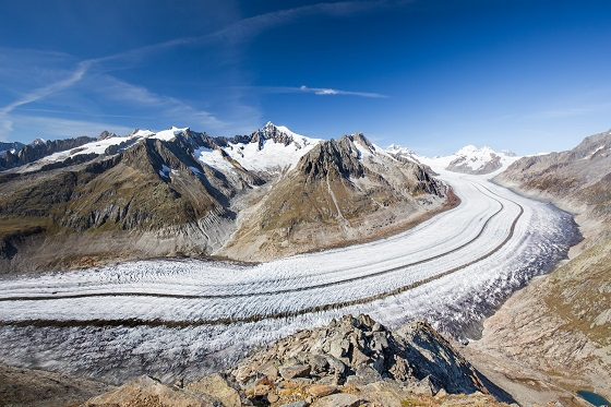 Switzerland_Aletsch Glacier1_560X373