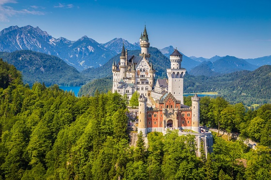 Germany_Neuschwanstein2_560X373