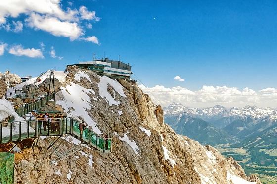 Austria_Dachstein3_560X373