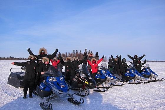 Snowmobiling560x373