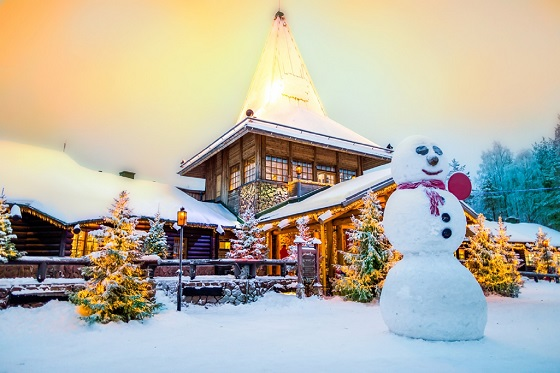 Finland_Santa claus Village2_560X373