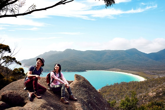 Australia_Wineglass Bay4_560X373