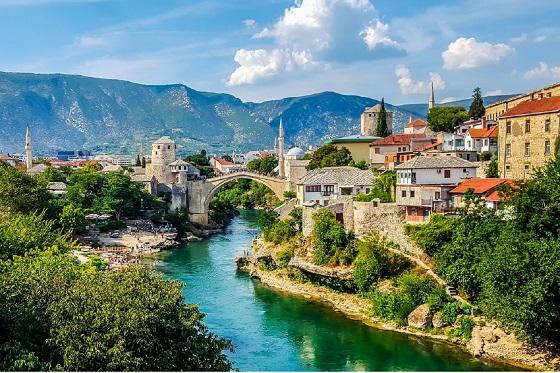 Bosnia_Mostar5_560X373