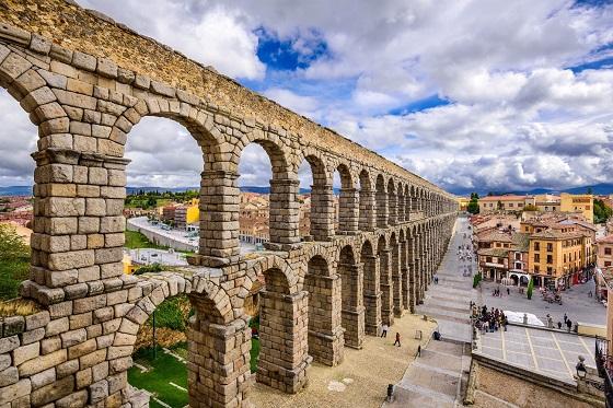 Spain_Segovia1_560X373