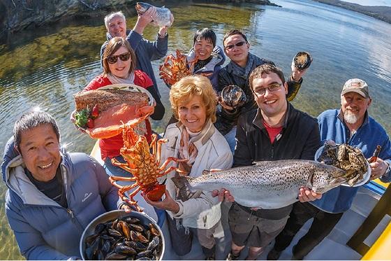 Tasmania Seafood Seduction Cruise_560x373