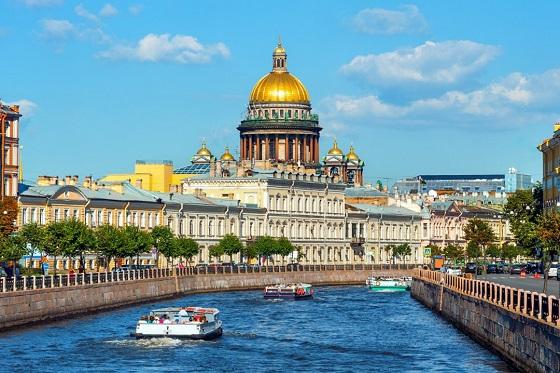 Russia_St. Petersburg1_560X373