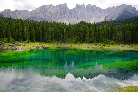 Italy_dolomites_3_560x373