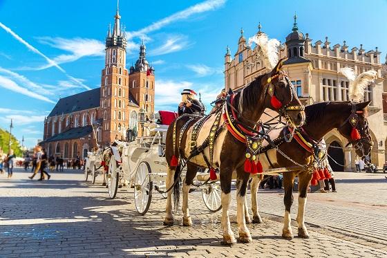 Poland_Krakow_Main Market Square_(560x373)_757858117