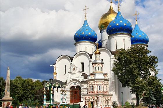 Russia_Trinity Monastery of St. Sergius_560X373