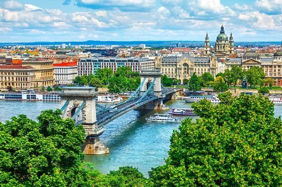 Hungary_Budapest6_560X373