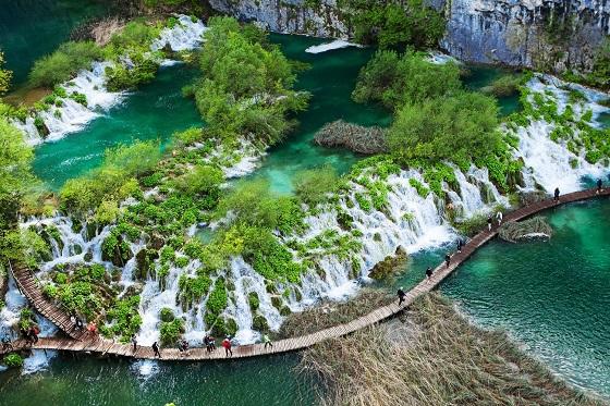 Croatia_Plitvice4_560X373