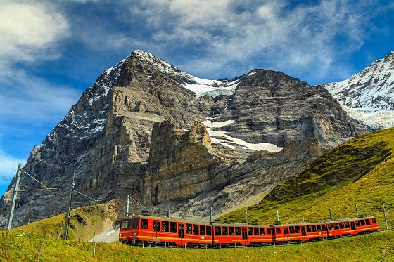 Switzerland_Jungfrau_560X373
