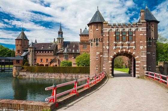 Holland_Utrechtt-Kasteel De Haar4_560X373